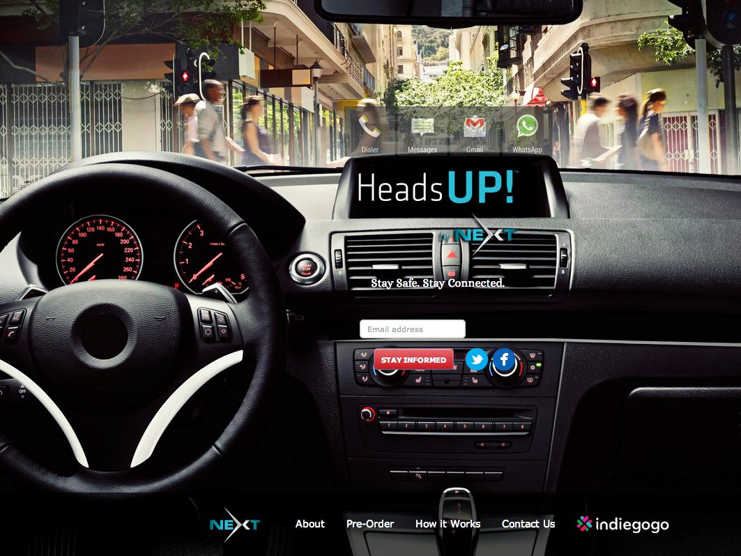 スマホの受信を車のフロントガラスに表示する「HeadsUP!」 音声コマンドも可能