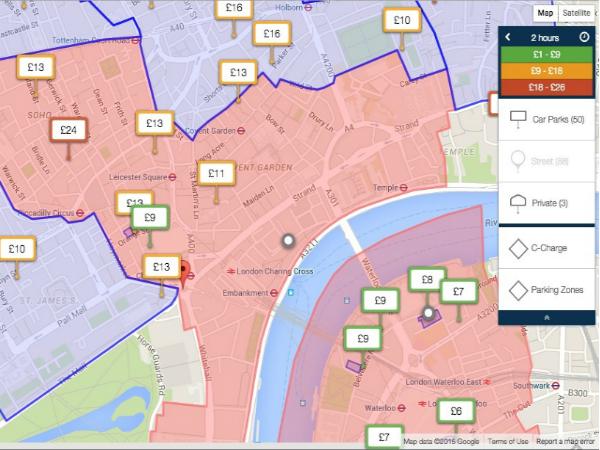 マップ上で展開されたParkopediaの駐車場情報
