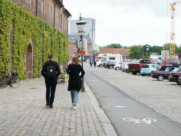 自由気ままに散策するのも街の楽しみ方のひとつ
