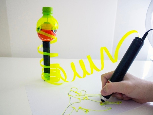 ペットボトルを切って使える3Dペン「Renegade」が革命的にエコ