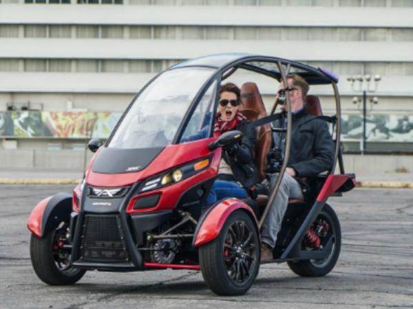 Arcimotoが開発する電動三輪車「SRK」