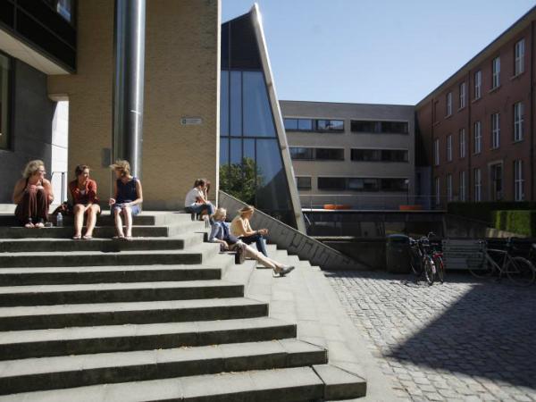 ベルギーのルーヴァン・カトリッ ク大学