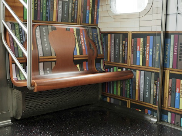 「Subway Library」記念車両の様子