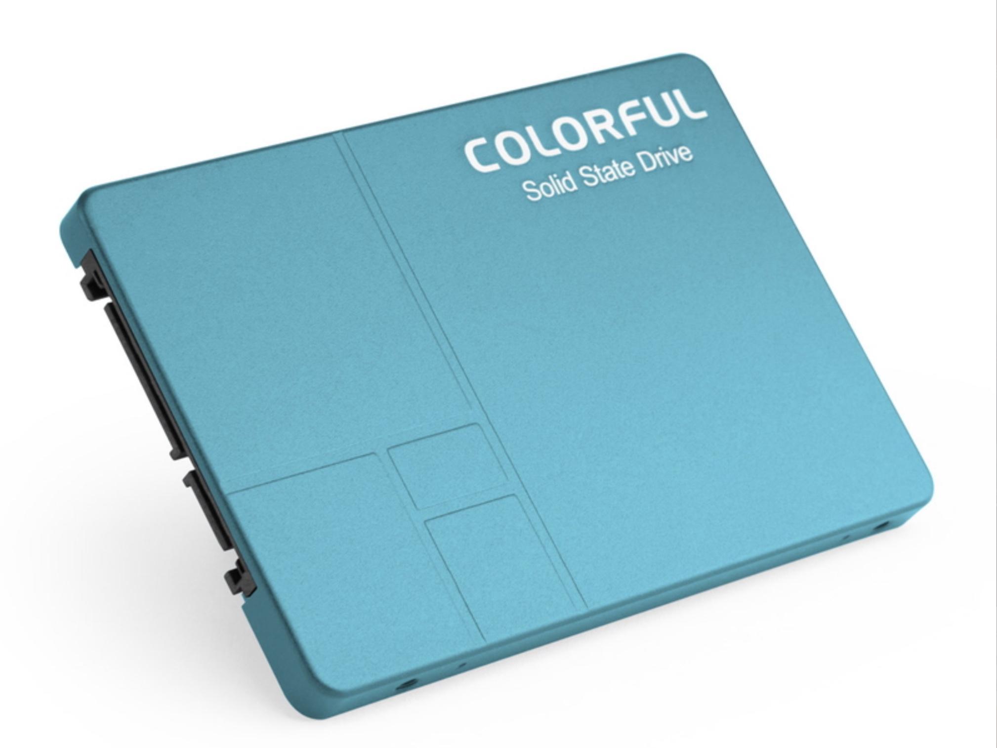 Colorful Technologyから見た目が涼しい水色2.5インチSSD「SL500」発売