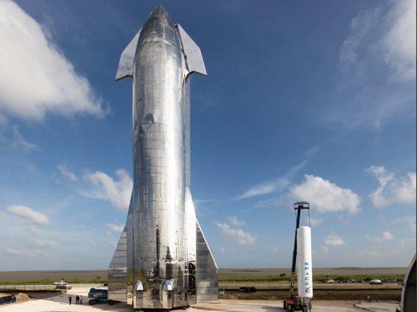 2カ月以内に離発着の試験開始! SpaceXが宇宙船「Starship」を公開