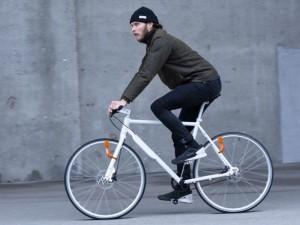 ... 自転車ライト「NEO」がクール