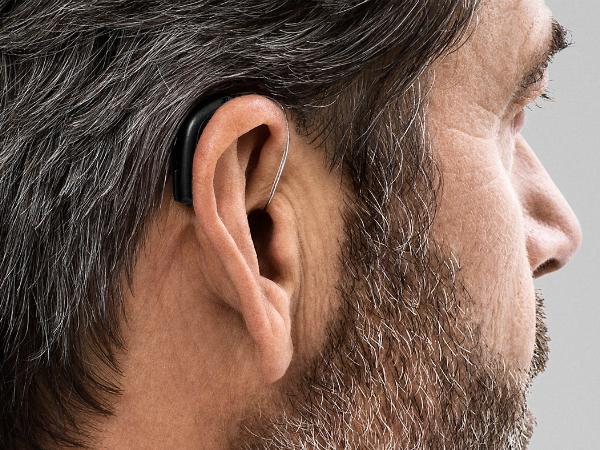 ハイテクな補聴器「Oticon Opn」