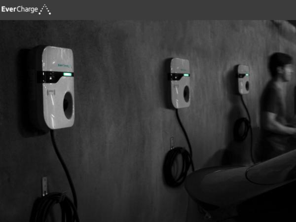 集合住宅向けEV充電ソリューション「EverCharge」