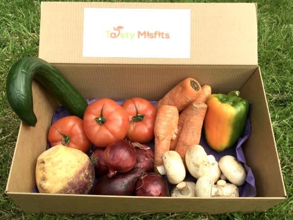 Tasty Misfitsの規格外野菜セット
