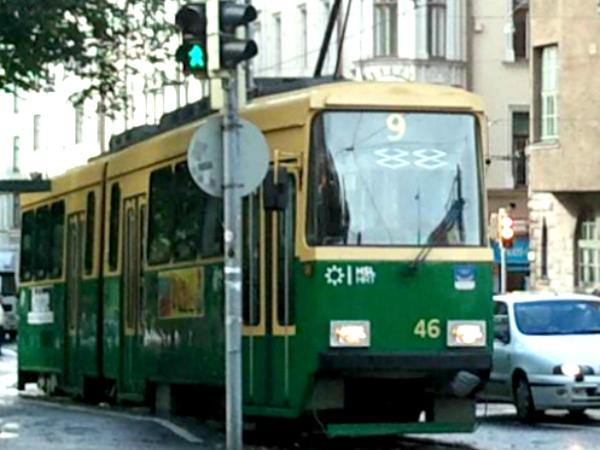 フィンランド市内を走るトラム