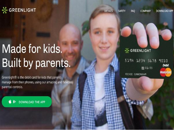 子ども向けデビットカード「Greenlight」